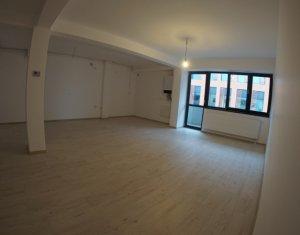 Apartament 2 camere, imobil nou, ultrafinisat, parcare, Centru, Piata M. Viteazu
