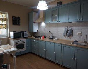 Vanzare apartament 2 camere,  situat in Floresti, zona Stadionului