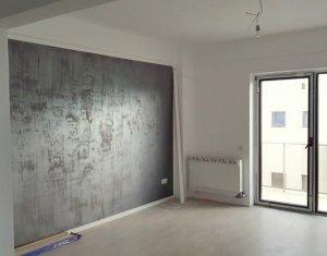 Vanzare apartament 3 camere decomandate, 82 mp, finisat complet, zona Buna Ziua