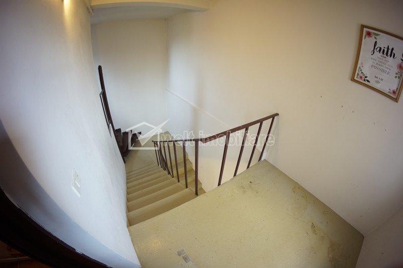 Casa spatioasa de inchiriat, 700 mp utili si 1234 mp teren