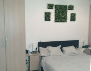 Apartament 2 camere, decomandat, etaj intermediar, Parang