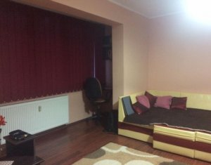 Vanzare apartament cu 3 camere in Gheorgheni, et 2