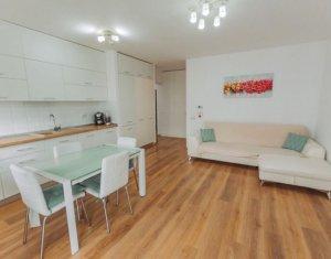 Vanzare apartament 2 camere ultrafinisat, loc de parcare, zona Bonjour Residence