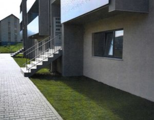 Vanzare apartament 3 camere,2 bai, situat in Floresti, zona Teilor