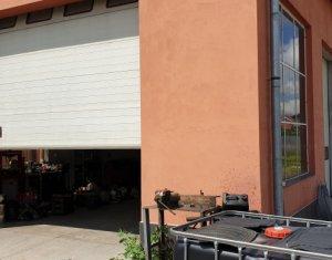 Spatiu Industrial- Hala + cladire de birouri si curte