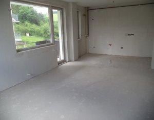 Vindem apartament 2 camere, zona verde, etaj intermediar, zona Donath Park