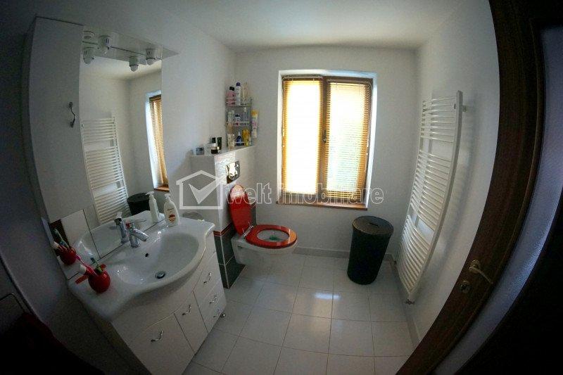 Ház 3 szobák eladó on Sannicoara