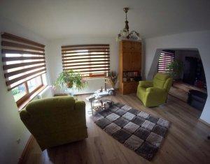 Vanzare casa individuala Sannicoara, zona de case, teren 850mp