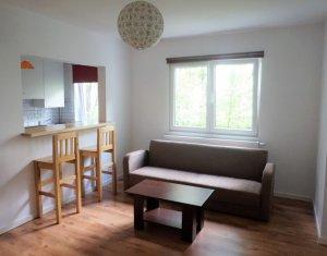 Vanzare apartament 3 camere, complet renovat si mobilat, Manastur