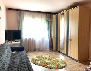 Appartement 3 chambres à vendre dans Cluj Napoca, zone Plopilor