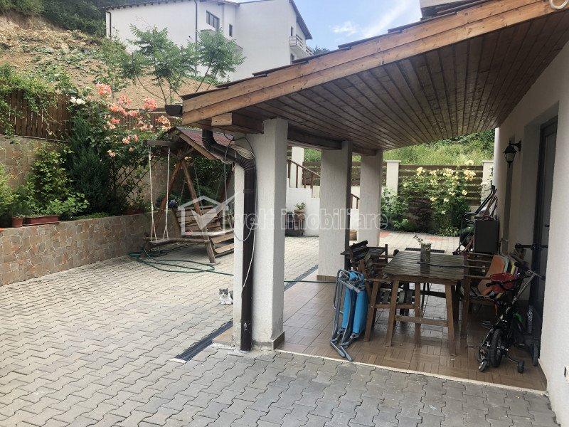 Casa individuala, cu garaj, de inchiriat in Floresti, zona Narciselor