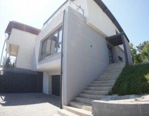 Casa individuala cu panorama deosebita in Dambul Rotund, teren aferent 710 mp