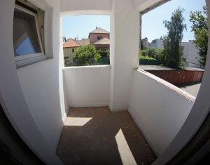 Vanzare apartament 1 camera, etaj intermediar, strada Muncitorilor