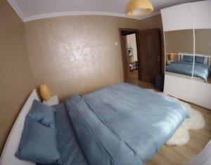 Apartament de inchiriat, 2 camere, 51 mp, Centru, P-ta Mihai Viteazu