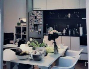 Apartament 3 camere decomandate, confort sporit, Centru