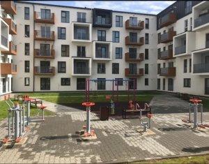 COMISION 0 % Vanzare apartament 3 camere, situat in Floresti, zona centrala