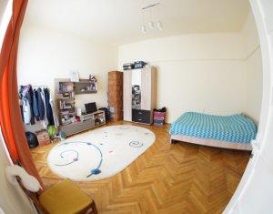 Apartament 2 camere in zona centrala a orasului, zona linistita