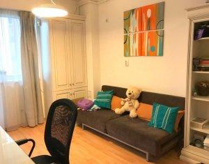Inchiriere apartament 2 camere,  Studium Green, zona FSEGA