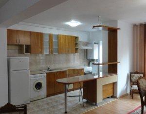 Apartament 3 camere de inchiriat, Gheorgheni