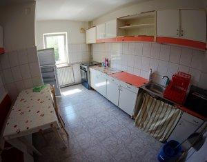 Apartament de 4 camere, decomandat, 82 mp, Zorilor, 15 minute de UMF
