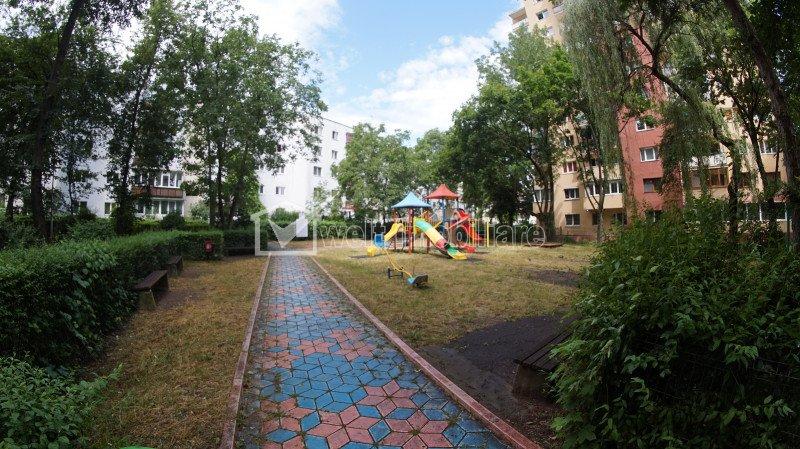 Vanzare apartament cu 3 camere confort sporit in Manastur zona Mc Donalds
