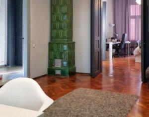 Apartament 3 camere, decomandate, confort sporit, zona Centru