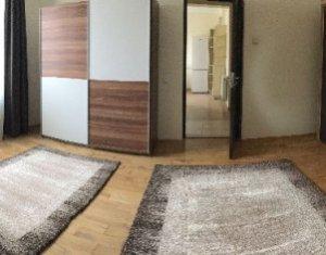 Inchiriez apartament, 2 camere, zona Centru