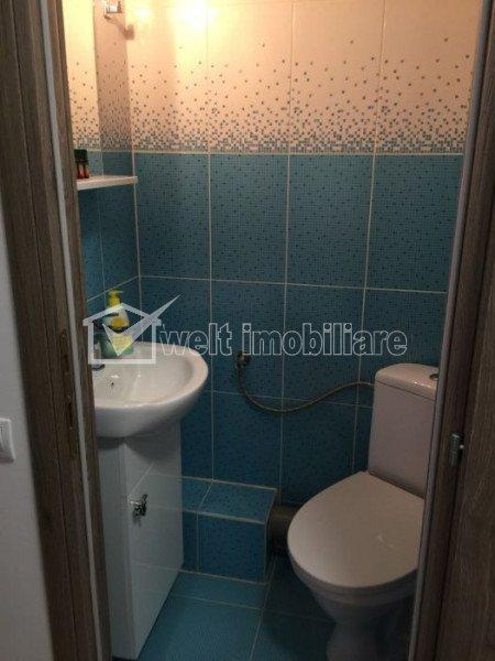 Apartament 3 camere decomandate in zona VIVO