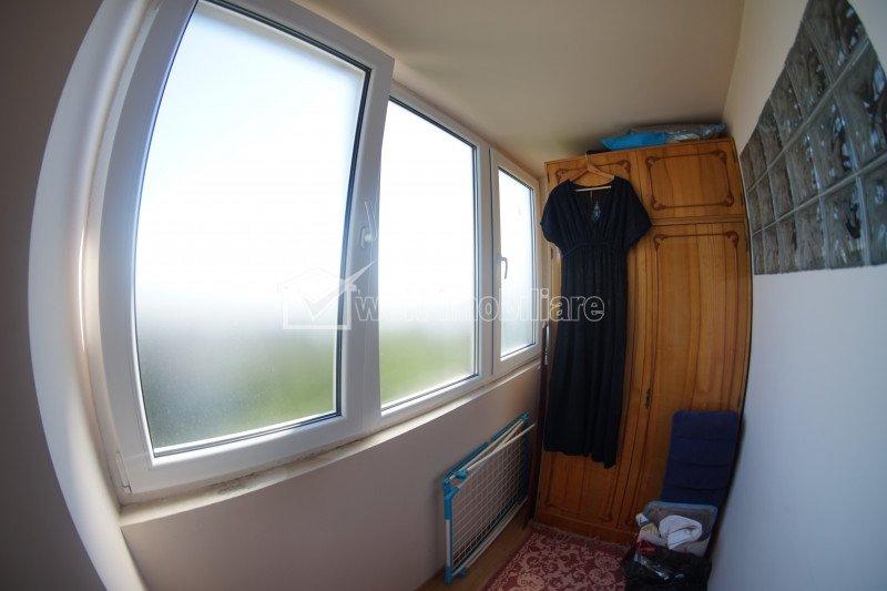 Apartament 3 camere, decomandat, 65 mp, balcon, boxa, garaj cu CF, in Zorilor