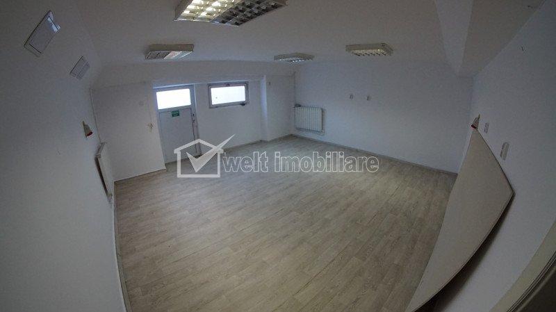 Ház 12 szobák kiadó on Cluj-napoca, Zóna Andrei Muresanu