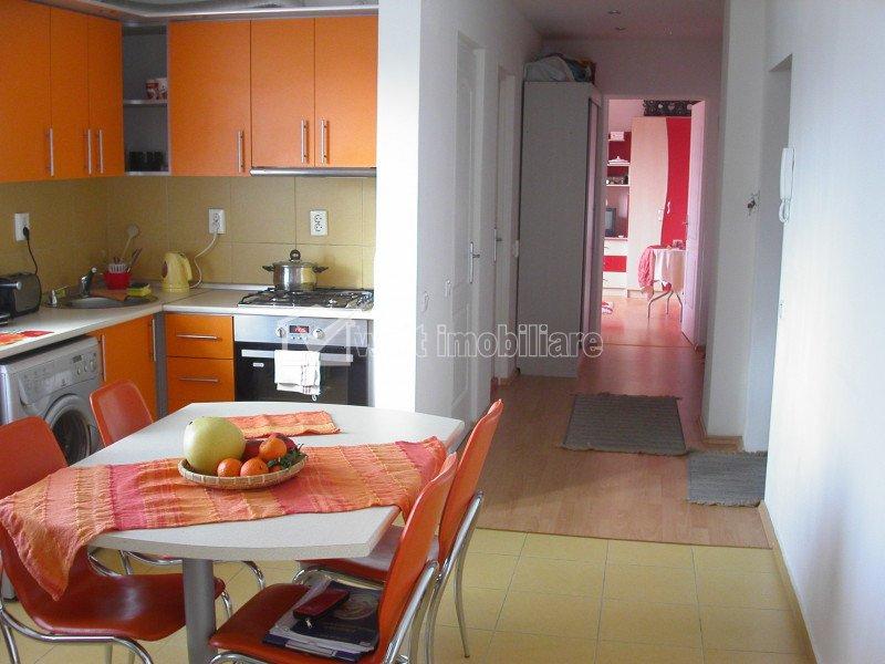 Inchiriere apartament spatios 2 camere, decomandat, terasa 18 mp, USAMV