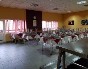 Cladire de vanzare/inchiriat in Luna de Sus, Jud. Cluj destinatie restaurant