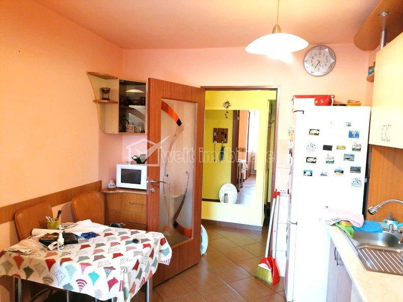 Chirie apartament 3 camere, decomandat, finisat si mobilat in zona Gheorgheni