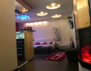 Inchiriez apartament, 2 camere, zona Centru, LUX