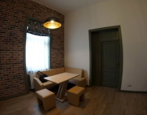 Apartament 3 camere, finisat lux, locatie ultracentrala,