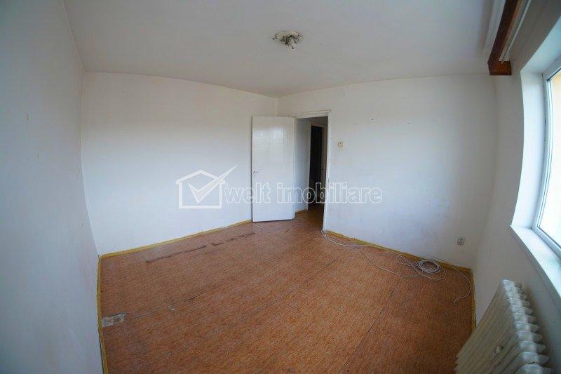 OFERTA! Apartament 2 camere, 54mp, balcon, etaj 7/10, in Manastur, Mehedinti