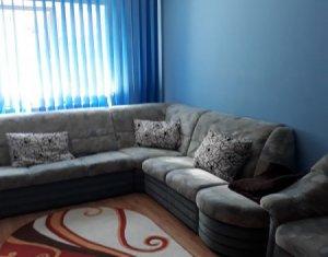 Apartament 3 camere, decomandat, Plopilor, Sala Sporturilor