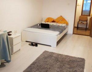 Inchiriez apartament de 2 camere, decomandat, la 5 minute de Iulius