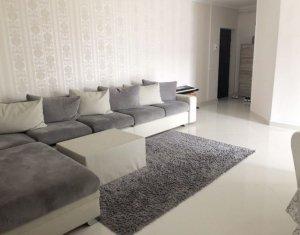 Vanzare apartament cu 4 camere, Floresti, zona Tineretului