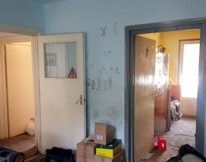 Apartament 3 camere, 65mp, centru, zona Mihai Viteazu, nefinisat