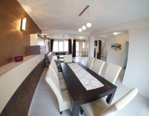 Vanzare apartament de lux pe 2 nivele, confort sporit 176 mp, zona linistita