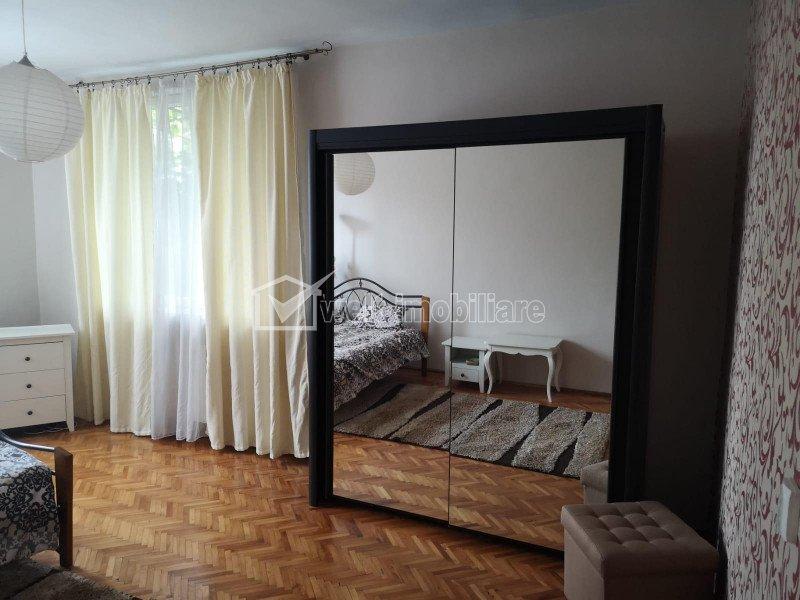 Apartament 2 camere decomandate, la casa
