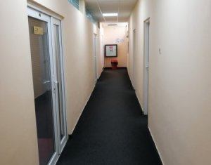 Spatiu birou, 30mp, zona Piata Cipariu, servicii administrare