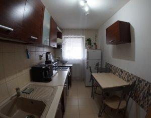 Apartament o camera decomandat 38mp, strada Calea Turzii cu garaj subteran