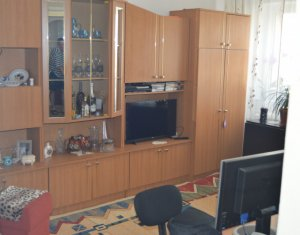 Apartament 2 camere, decomandat, zona Calea Floresti
