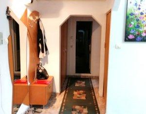 Apartament 2 camere 60 mp, etaj intermediar, parcare, zona Marasti