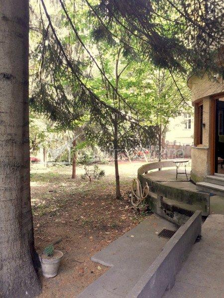 Vanzare spatiu birou la casa, 22mp utili, curte comuna, zona centrala