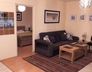 Inchiriere apartament 2 camere, cu loc de parcare, strada Intre Lacuri