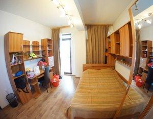 Inchiriere Apartament 3 camere, cartier Plopilor, zona Nobori, terasa 37 mp