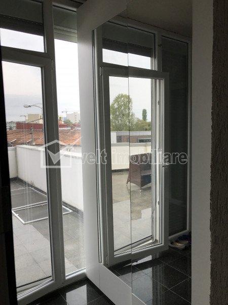 Inchiriere apartament 3 camere, modern, terasa, parcare, Centru